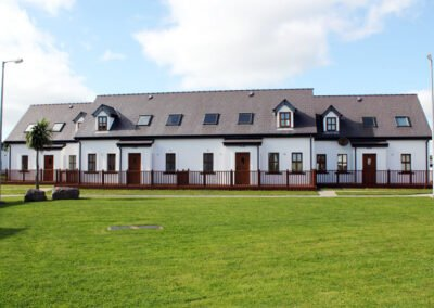 Hookless Holiday Home